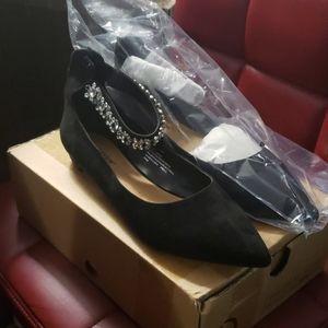Women's Black Flats size 10.5 New